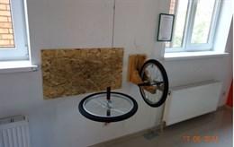 Интерактивный  экспонат «Гироскоп (момент импульса)»