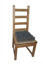 Интерактивный экспонат Стул йога (Кресло с гвоздями)