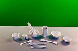 Комплект фарфоровой посуды