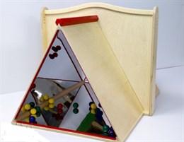 """Панель для игровых зон """"Зеркальная пирамида"""""""