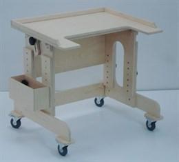 Столик- парта  на колесиках для детей с ДЦП