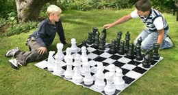 Напольные средние шахматы с виниловой доской 40