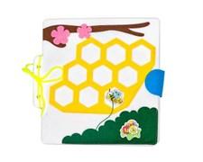 """Развивающая книжка """"Большое путешествие маленькой пчелки"""""""